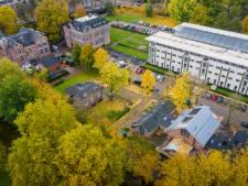 Parkeren op Duivendaal in Wageningen wordt betaald, te veel last van wildparkeerders