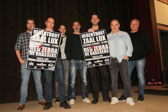 De heren van MinC, bij de voorstelling van hun eerste concert in Zaal Lux