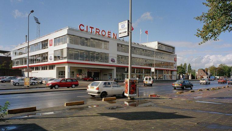 Het tijdelijke Citroën Restaurant werd in april geopend in de voormalige Citroëngarage op het stadionplein. Beeld Archief