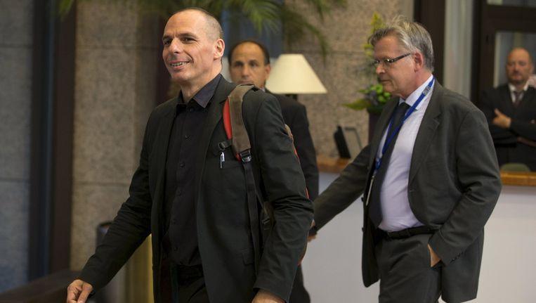 De Griekse minister van financiën Gianis Varoufakis verliet gisteren vroegtijdig het overleg in Brussel. Beeld reuters
