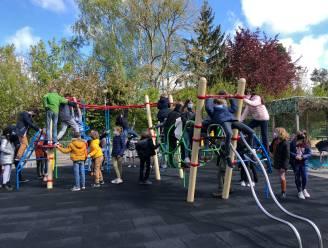Kinderen van gemeentelijke basisschool en buitenschoolse opvang kunnen genieten van uiterst cool speeltoestel