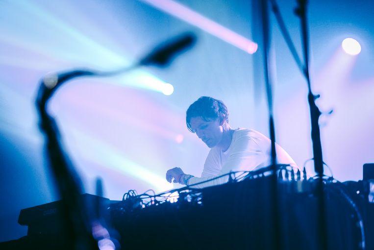 Romare speelt op het nieuwe festival Electropolis in Charleroi. Beeld Illias Teirlinck
