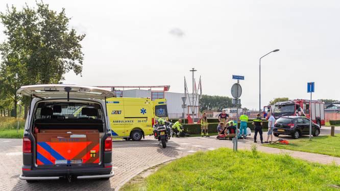 Brommerrijder gewond bij botsing met auto in Oosterhout