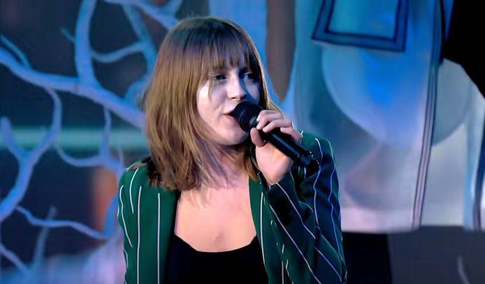 Emmie valt in voor de Oekraïense songfestivaldeelneemster Kateryna Pavlenko.