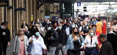 Felle kritiek op schrappen coronaregels in VK: 'Britten spelen met vuur'