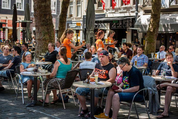 1 juni vorig jaar in Breda: de terrassen mochten weer open.