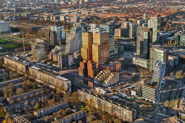 Luchtfoto met overzicht van kantoorpanden op de Zuidas in Amsterdam Zuid.  Beeld ANP