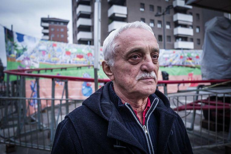 Giancarlo (75): 'Wij sparen onze tranen voor een arbeider die zelfmoord pleegt omdat hij opeens werkloos is en zijn gezin honger leidt.' Beeld Nicola Zolin