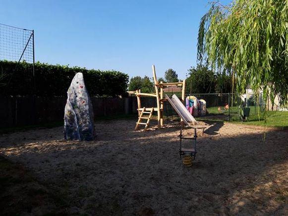 Dit is het speelplein in Beauvoorde.