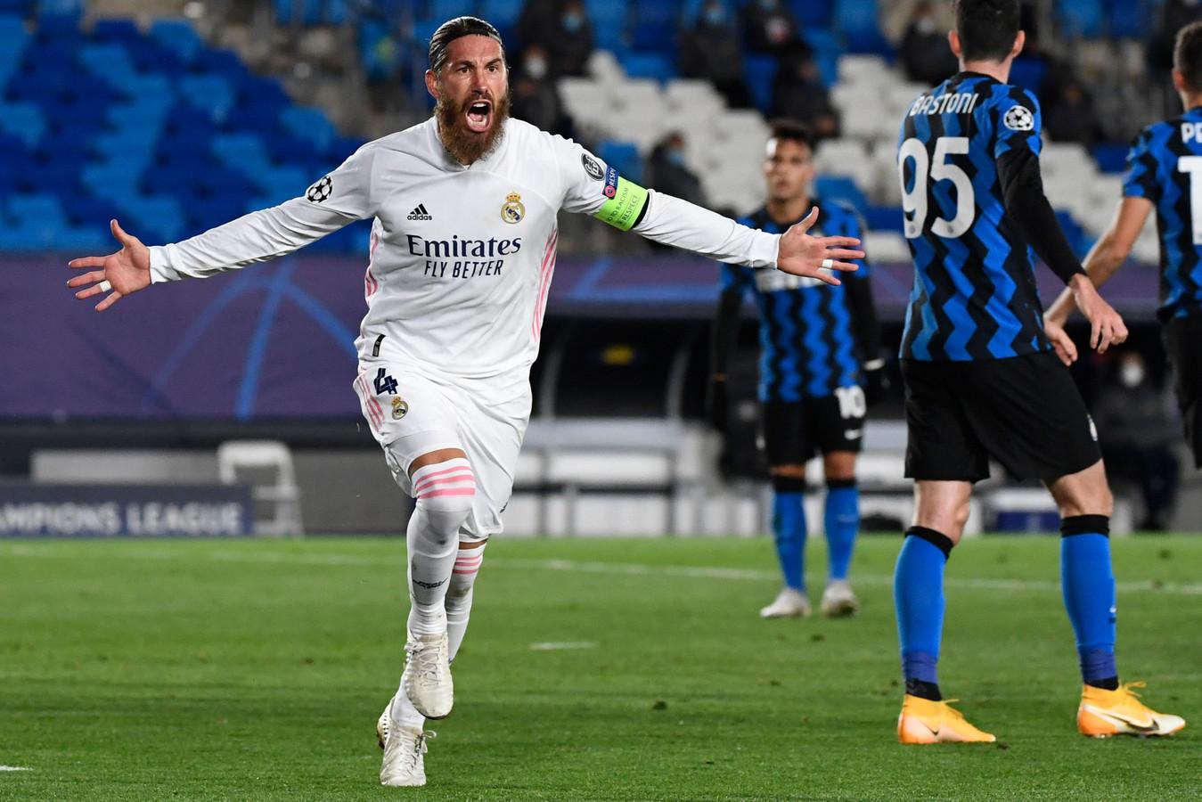 Sergio Ramos viert zijn goal tegen Internazionale.