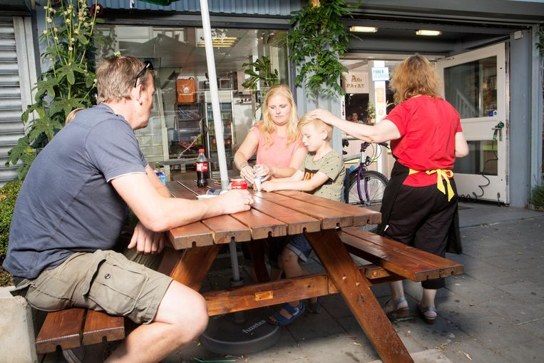 'Fooi? Stop maar in de spaarpot van je kinderen' Beeld Niels Blekemolen