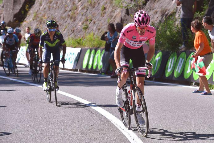 Vooral bergop, waar je het toch mag verwachten, kon Quintana Dumoulin te weinig onder druk zetten.