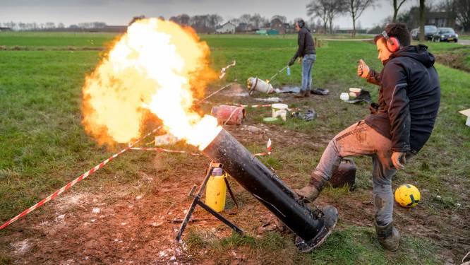 Brummen verscherpt regels carbidschieten: 'Door vuurwerkverbod is weg naar carbidschieten korter'