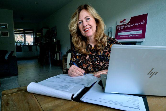 Ilona van Beusekom: ,,Schulden komen nooit alleen, er zit altijd iets achter.''