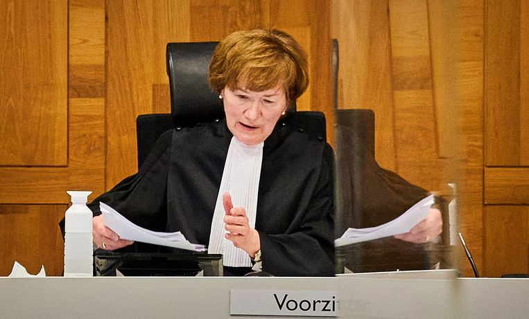 Grechtshofpresident Marie-Anne Tan-de Sonnaville, dinsdag voor aanvang van de zitting waarin het hof zich boog over de avondklok.  Beeld Hollandse Hoogte/ANP