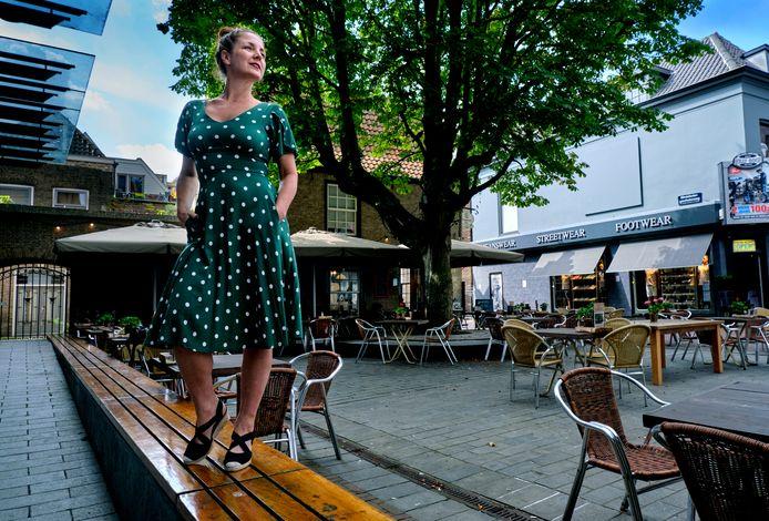 Wendy Stendert heeft met Rockabilly Square dit jaar de beschikking over een extra podium, op de Statenplaats.