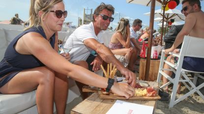 Geen oesters, wél chips en olijven: Knokke legt strandbars gelimiteerde menukaart op