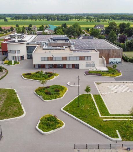 Agnieten College in Nieuwleusen staat er slechts drie jaar, maar zit veel te krap in haar jasje