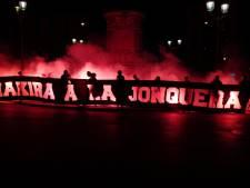 Une banderole de fans parisiens vise Shakira, le club condamne