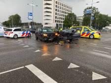 Aanrijding kruispunt Deventer zorgt voor flinke verkeershinder