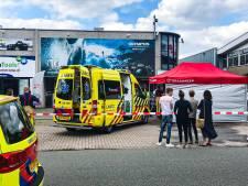 Vijf arrestaties na gewapende overval Apeldoorn, politie vindt brandende vluchtauto in bos