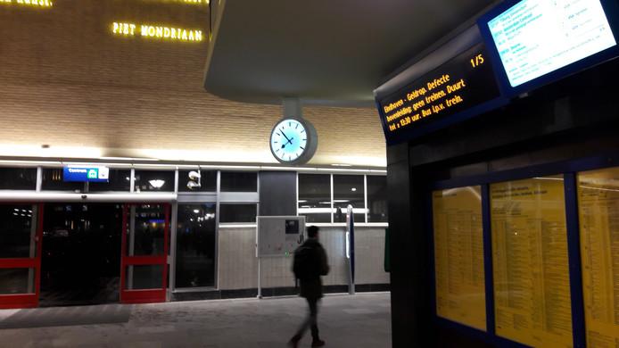 Geen treinen vanuit Eindhoven naar het zuiden.