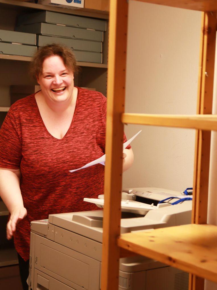 """Cindy (45) heeft eindelijk weer werk, met hulp van de gemeente. """"Het geeft een belangrijk gevoel van eigenwaarde, erbij horen, jezelf nuttig voelen."""