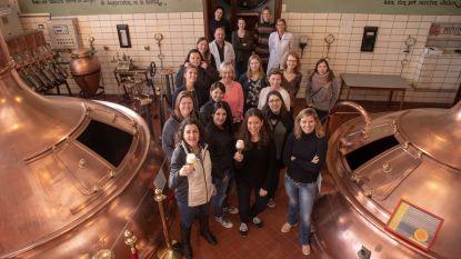 Brouwende vrouwen schenken 4.500 euro aan Think Pink