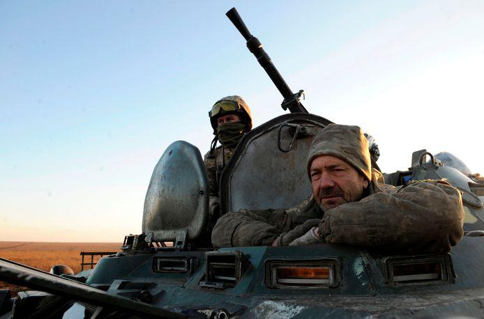Oekraïense militairen tijdens een legeroefening in de buurt van Mariupol.