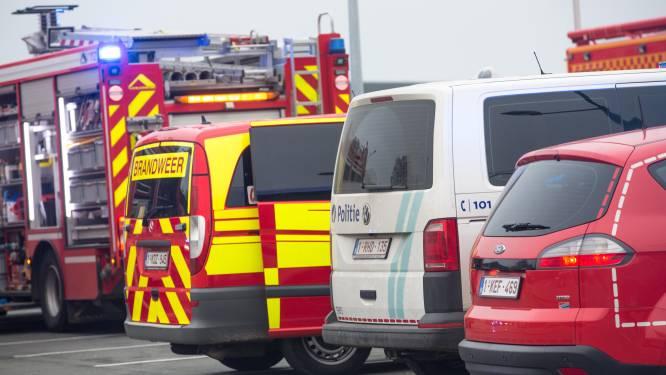Hulpdiensten rukken uit voor brand aan zwembadpomp