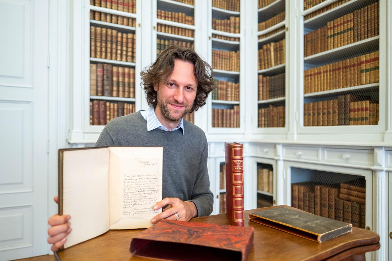 HINGENE Koen De Vlieger met twee bijzonder fraai ingebonden biografieën van Joseph, zesde hertog d'Ursel