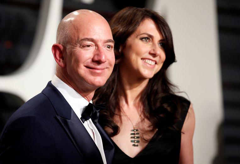 Amazons Jeff Bezos en MacKenzie Bezos. Beeld REUTERS