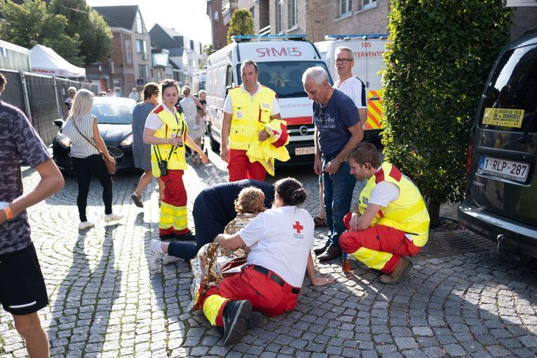 Het Rode Kruis registreerde 2.500 verzorgingen in de elf controleposten. Zes mensen werden naar het ziekenhuis gebracht.