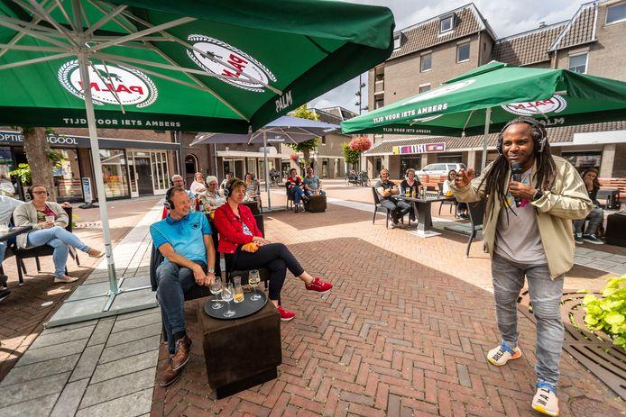 Cabaretier Marlon Kicken is een van de optredende artiesten. Hij bracht vorig jaar nog een koptelefoon-show in Deurne.
