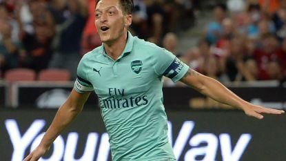 FT buitenland 28/07. Emery wint met Arsenal ruim van oude werkgever PSG - Klopp haalt uit naar Ramos