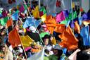 MaMi-spektakel 2016: wereldrecordpoging vaandelzwaaien