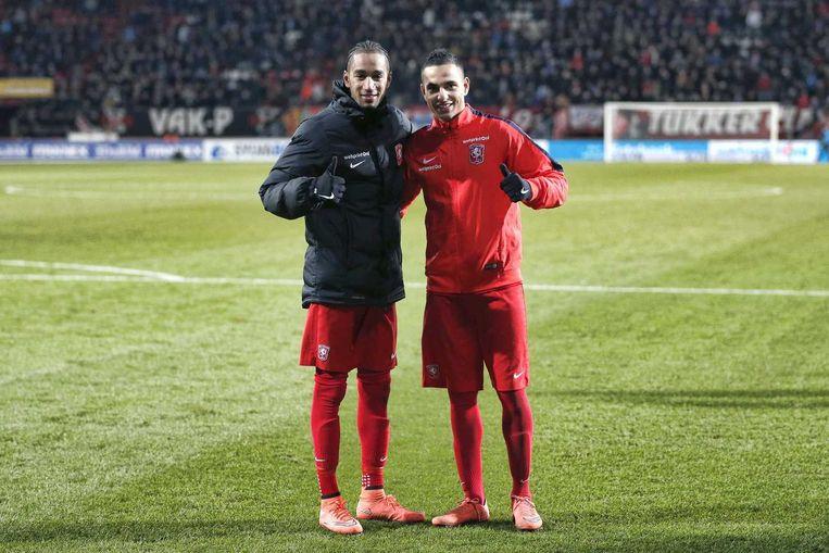 Zakaria El Azzouzi (rechts) wordt momenteel door Ajax verhuurd aan FC Twente. Beeld anp
