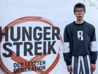 Klimaatactivisten houden al drie weken hongerstaking in Berlijn, tweede deelnemer belandt in ziekenhuis