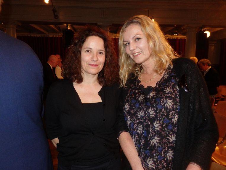Suzanne Holtzer (l) en Francien Schuurman van uitgeverij de Bezige Bij Beeld Schuim