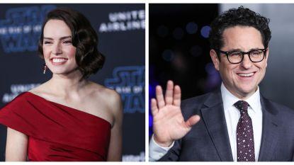 """INTERVIEW. JJ Abrams en Daisy Ridley over de laatste rol van Carrie Fisher: """"Het was gewoon niet hetzelfde zonder haar"""""""