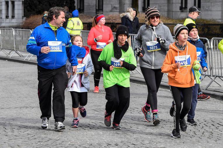 De deelnemers lieten zich niet afschrikken door het barre winterweer.