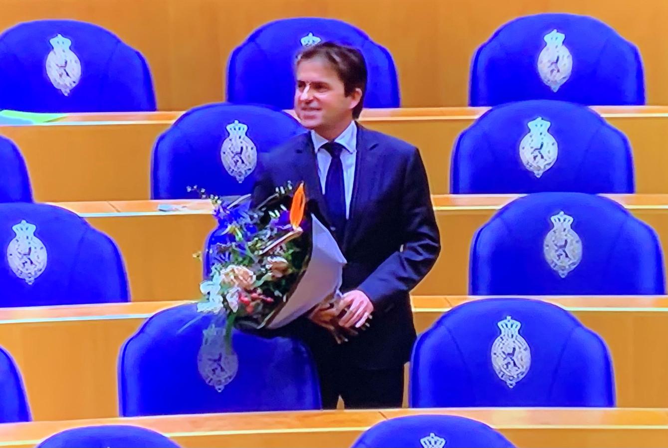Gerard van den Anker is met bloemen ontvangen.