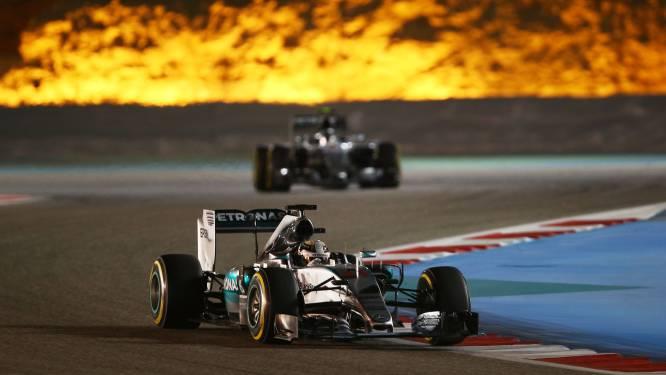 Hamilton oppermachtig in Bahrein, Verstappen valt uit