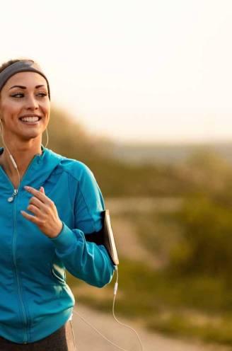 """Topkinesist Lieven Maesschalck deelt zijn beste advies voor startende joggers: """"Wissel regelmatig van ondergrond"""""""