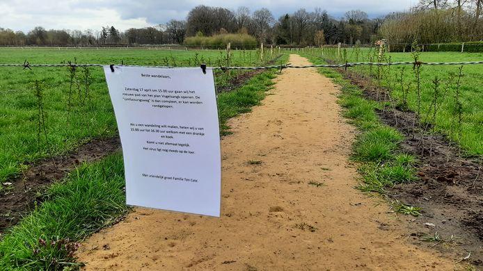Wandelpad over het nieuwe landgoed Vogelsangk in Almelo, met uitnodiging om het pad vanaf 16 april 2021 te betreden.