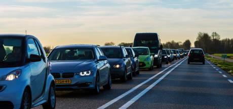Maximaal 60 km/u rijden op N-wegen in Vijfheerenlanden: 'Oplossing tegen sluipverkeer?'