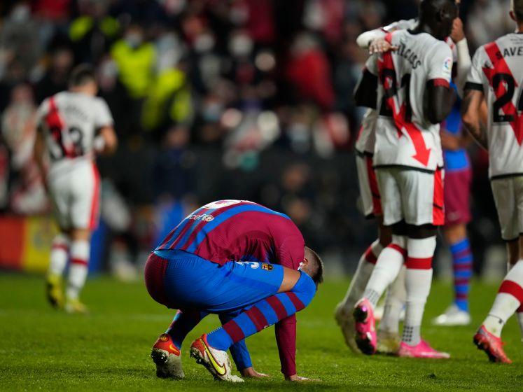Koeman ontslagen bij Barcelona: bekijk de fatale nederlaag