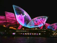 Sydney opent lichtfestival met psychedelische show