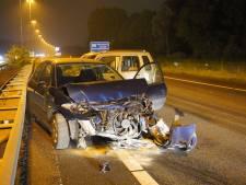 Vijf auto's betrokken bij groot ongeluk op A73 bij Nijmegen, één gewonde
