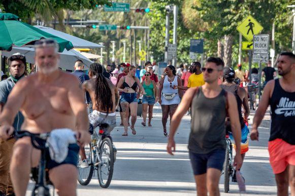 Corona houdt de bevolking van Florida, evenals die van andere staten in de 'Sun Belt' zoals Texas, Arizona en Californië, nu al een week in zijn greep.